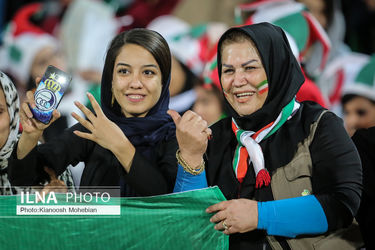 منتخب تصاویر نخستین حضور قانونی زنان ایرانی در ورزشگاه آزادی