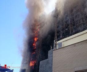 تصاویر آتش سوزی هتل در حال احداث در مشهد