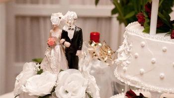 اراذل و اوباش عروسی را به خاک و خون کشیدند