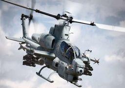 فیلم |  بالگردهای آمریکایی در حال گشتزنی بالای سر معترضان عراقی