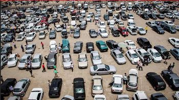کدام خودروهای داخلی و خارجی از عرضه در بورس مستثنی هستند؟