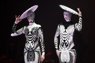 فستیوال عجیبترین لباسها