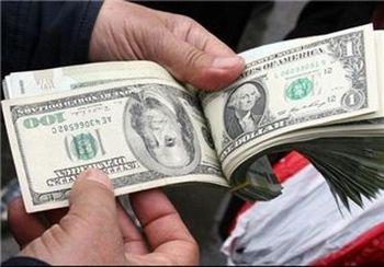 صرافان معاملات دلار را متوقف کردند