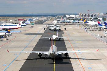 وضعیت بدهی ایرلاین ها به شرکت نفت و فرودگاه ها تشریح شد