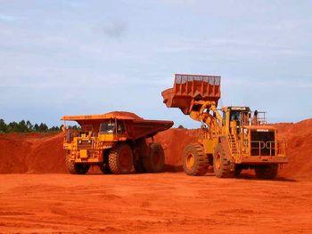 پیگیری ایمیدرو از پروژه بهرهبرداری معدن بوکسیت گینه
