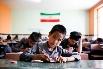در سال ۲۰۲۰ چندهزار نفر افغانستانی از ایران خارج شدند؟