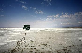فعلاً طوفان نمکی در دریاچه ارومیه نداریم