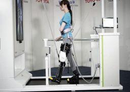 راه رفتن معلولان با پاهای روباتیک
