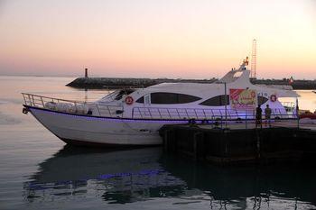 راه اندازی نخستین خط گردشگری دریایی در بندر شهید حقانی
