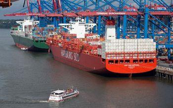 تحریمها با تجارت ایران چه کردند؟ کاهش 17 میلیارد دلاری صادرات ایران بر اثر تحریمها