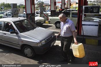 گرانی بنزین چه تاثیری بر بازار خودرو میگذارد؟