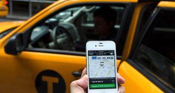 تاکسیهای اینترنتی تحت نظارت شهرداری قرار میگیرند