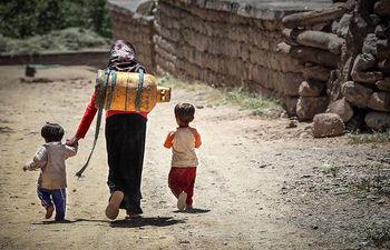 شناسایی دو سد اصلی فقر زدایی در ایران+جدول رتبهبندی فقر چندوجهی در استانها
