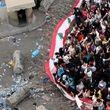 عکس | نیروهای امنیتی مسیرهای منتهی به مقر ریاستجمهوری و نخستوزیری لبنان را با سیمهای خاردار بستند
