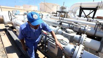 اصابت موشک جنگی به مخازن نفت لیبی