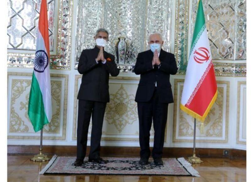 وزیر امور خارجه با همتای هندی خود دیدار و گفتو گو کرد
