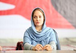 عکس یادگاری مهناز افشار با زنان ملی پوش فوتبال