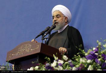 روحانی در خرم آباد: ما دست نظامیان را می بوسیم اما آنها باید کار نظامی خود را انجام دهند