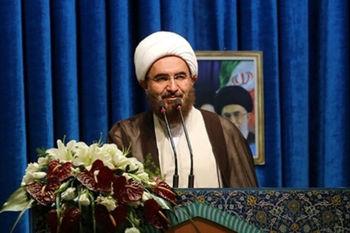 خطیب نماز جمعه تهران: راهپیمایی اربعین به کابوس دشمنان تبدیل شده است / آموزش و پرورش اربعین را در متون درسی اضافه کند