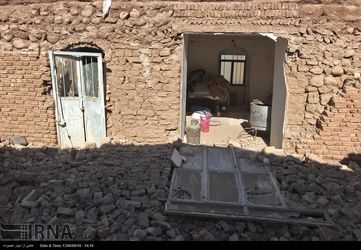 تصاویر تخریب خانهها قدیمی در جریان زلزله کرمان