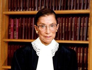 مرگ این زن دموکرات ها را دستپاچه کرد
