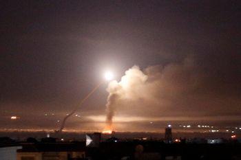 ارتش سوریه 50 موشک به مواضع اسرائیل شلیک کرده نه ایران!+عکس