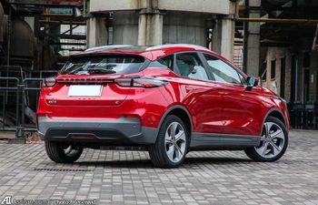 قیمت این خودرو جذاب، 18 هزار دلار است /تصاویر دیدنی از کراس اووری از برند جدید کمپانی چینی جیلی