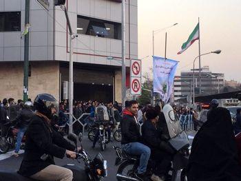 دستگیری 200 نفر از تجمع کنندگان در محدوده انقلاب و ولیعصر/ شناسایی 40 لیدر اغتشاشات