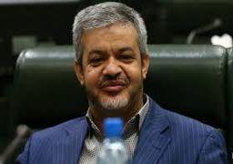 شهامت ظریف در دفاع از دری اصفهانی ستودنی است