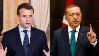 فرانسه ترکیه را به تحریمهای بیشتر تهدید کرد