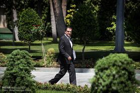 وزیر پولدار دولت روحانی؛ عیدی نمیدهم /فیلم