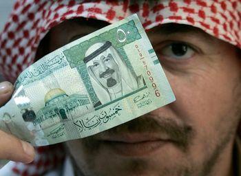 کاهش تولید نفت اقصاد عربستان را کوچکتر کرد