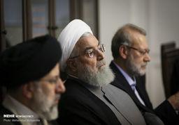 نظرات متفاوت روحانی و رئیسی در جلسه بنزینی سران قوا