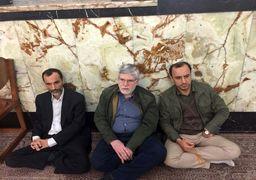 احمدی نژادی ها دوباره بست نشستند + عکس