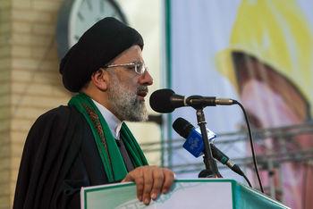 رئیسی در مشهد : چرا به منتقدان برچسب میزنید؟/ مردم دولتمردی میخواهند که اشرافی نباشد