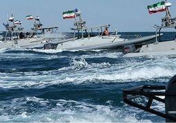 قدرت نمایی شناورهای ایرانی پیش چشم آمریکایی ها