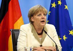 حمایت مرکل از تشکیل ارتش مستقل اروپایی