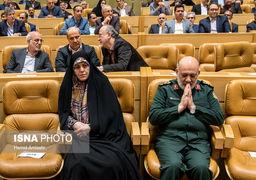 حسن روحانی و اعضای هیئت دولت در اختتامیه جشنواره شهید رجایی