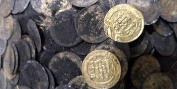 کشف ۱۴ سکه و یک جام عتیقه در میامی