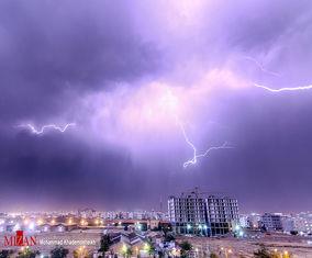 تصاویر رعد و برق در آسمان تهران