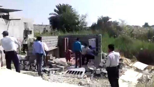 لزوم پاسخ وزیر کشور به اتفاق تخریب خانه یک زن در بندرعباس