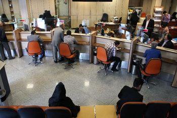 وزیر امور اقتصادی: فوت ۱۰۰ کارمند بانک به دلیل کرونا