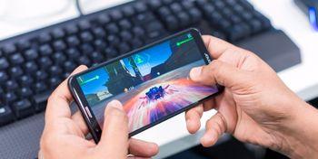 موبایلی که دنیای بازی ها را متحول میکند +عکس