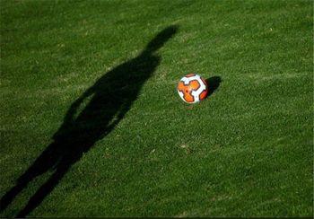 یک اعتراض فوتبالی در خطبه های نماز جمعه !