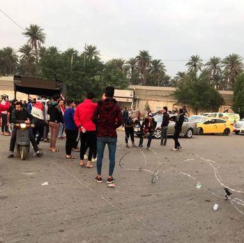 اعتصاب اجباری معترضان عراقی در بغداد / آغاز نافرمانیمدنی