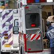 اجساد قربانیان کرونا در کامیونهای یخچالدار نیویورک!