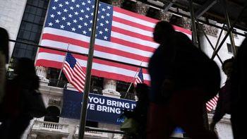 آمریکا با تزریق ۲.۳ تریلیون دلار نقدینگی به مقابله با کرونا رفت
