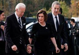 نانسی پلوسی نامزد خود برای انتخابات ریاستجمهوری آمریکا را معرفی کرد