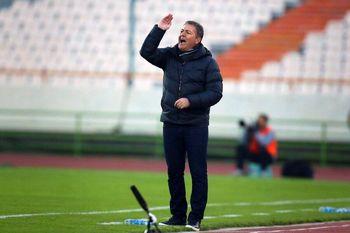 اسکوچیچ : تیم ملی در مسیر درستی قرار ندارد !