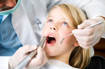وزارت بهداشت: جلوی کار دندانپزشکیها را بگیرید